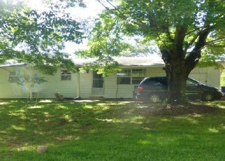 Foreclosed Home in Knoxville 37938 TELL MYNATT RD - Property ID: 4402395199