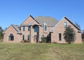 Foreclosed Home in Overton 75684 COUNTY ROAD 156 W - Property ID: 4402402207