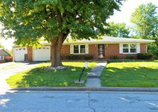 Foreclosed Home in East Saint Louis 62203 LA PLEINS DR - Property ID: 4402433302