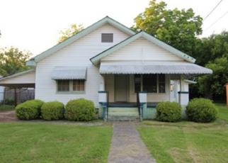 Foreclosed Home in Gadsden 35904 W WILKINSON AVE - Property ID: 4402477998