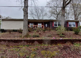 Foreclosed Home in Anniston 36206 CHATWOOD DR - Property ID: 4402506452