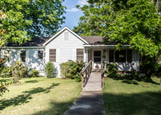 Foreclosed Home in Dothan 36301 THIRD AVE - Property ID: 4402513462