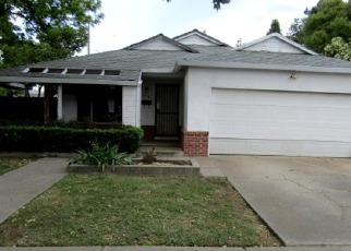 Foreclosed Home in Stockton 95204 W ALPINE AVE - Property ID: 4402518718