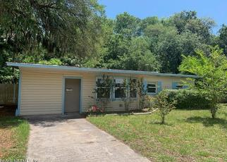 Foreclosed Home in Atlantic Beach 32233 SEAWAY ST - Property ID: 4402536232