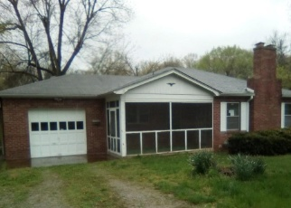 Foreclosed Home in Belleville 62226 FAIRVIEW CIR - Property ID: 4402583988