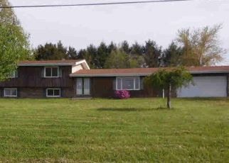 Foreclosed Home in Waverly 62692 STATE HIGHWAY 104 - Property ID: 4402587926