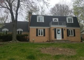 Foreclosed Home in Danville 61832 THORNHILL DR - Property ID: 4402596679