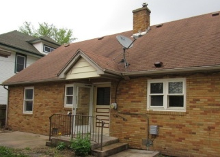 Foreclosed Home in Watseka 60970 S 3RD ST - Property ID: 4402600168
