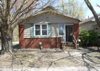 Foreclosed Home in Evansville 47711 HERCULES AVE - Property ID: 4402619450