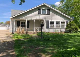 Foreclosed Home in South Bend 46637 PAXSON DR N - Property ID: 4402628654