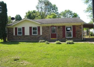 Foreclosed Home in Louisville 40272 LAMBORNE BLVD - Property ID: 4402633459