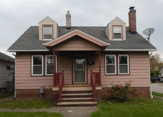 Foreclosed Home in Cleveland 44129 GILBERT AVE - Property ID: 4402734640