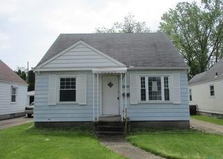 Foreclosed Home in Toledo 43614 GLENCAIRN AVE - Property ID: 4402737708