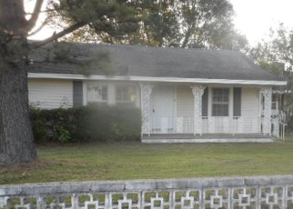 Foreclosed Home in Stigler 74462 NE 8TH ST - Property ID: 4402746463