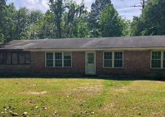 Foreclosed Home in Ridgeland 29936 FIRETOWER RD - Property ID: 4402778433