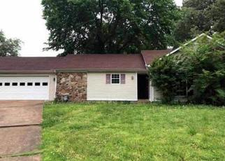 Foreclosed Home in Jackson 38305 SMITHFIELD DR - Property ID: 4402796393
