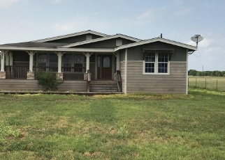 Foreclosed Home in Mathis 78368 N SHORE RD - Property ID: 4402812602