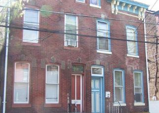 Foreclosed Home in Trenton 08609 HUDSON ST - Property ID: 4402970261