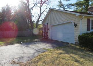 Foreclosed Home in Townsend 01469 ASH ST - Property ID: 4402972458