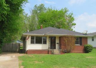 Foreclosed Home in Evansville 47711 E ILLINOIS ST - Property ID: 4403013625