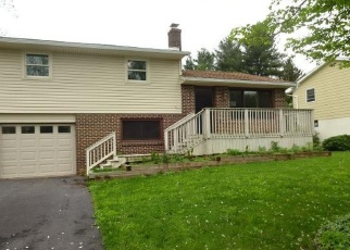 Foreclosed Home in Reading 19606 CLUB DR - Property ID: 4403022833