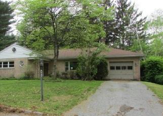 Foreclosed Home in Harrisburg 17109 BOUNDBROOK RD - Property ID: 4403045152