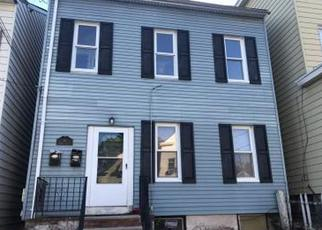 Foreclosed Home in Haledon 07508 BROWN AVE - Property ID: 4403057873