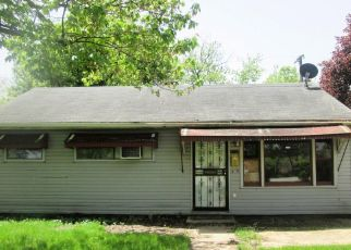 Foreclosed Home in Gary 46407 CENTRAL AVE - Property ID: 4403075824