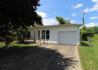 Foreclosed Home in Barboursville 25504 MOUNT VERNON CIR - Property ID: 4403077121