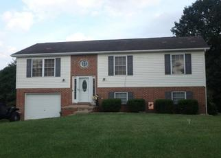 Foreclosed Home in Martinsburg 25404 CLIFFORD DR - Property ID: 4403103411