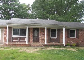 Foreclosed Home in Colonial Beach 22443 2ND ST - Property ID: 4403112609