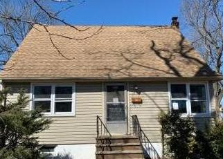 Foreclosed Home in Bergenfield 07621 MERRITT AVE - Property ID: 4403166929