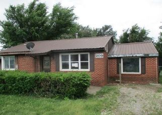 Foreclosed Home in Holdenville 74848 GRIMES AVE - Property ID: 4403180495