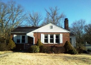 Foreclosed Home in Belleville 62226 WOODLAND CT - Property ID: 4403190119