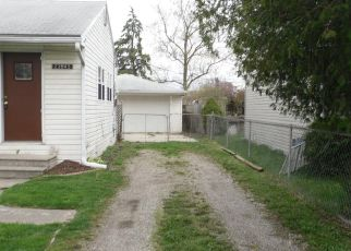 Foreclosed Home in Clinton Township 48036 BUCKINGHAM ST - Property ID: 4403209848
