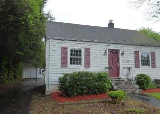 Foreclosed Home in Plainville 06062 UNIONVILLE AVE - Property ID: 4403241370
