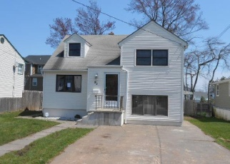 Foreclosed Home in Neptune 07753 RIDGE TER - Property ID: 4403254515