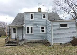 Foreclosed Home in Hubbard 44425 E WATER ST - Property ID: 4403305761