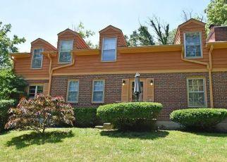 Foreclosed Home in Cincinnati 45231 HOLLYHOCK DR - Property ID: 4403316713