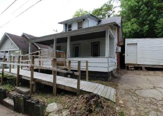 Foreclosed Home in Huntington 25705 PRIDDIE ST - Property ID: 4403320651