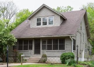 Foreclosed Home in Louisville 40214 S 6TH ST - Property ID: 4403328984