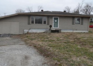 Foreclosed Home in Oakland City 47660 W CHERRY ST - Property ID: 4403348233