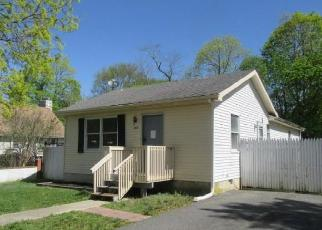 Foreclosed Home in Northfield 08225 CHESTNUT AVE - Property ID: 4403360505