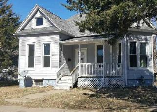 Foreclosed Home in Rock Island 61201 20TH AVE - Property ID: 4403393349