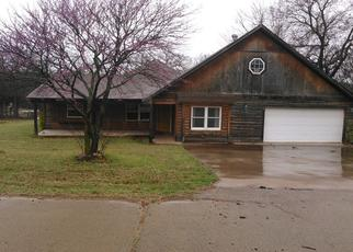 Foreclosed Home in Guthrie 73044 WEST DR - Property ID: 4403433650