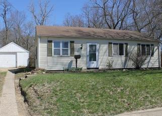 Foreclosed Home in Pekin 61554 KICKAPOO CT - Property ID: 4403442851