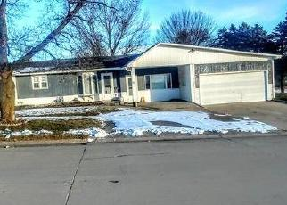 Foreclosed Home in Monona 52159 CHESTNUT ST - Property ID: 4403470433
