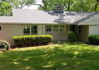 Foreclosed Home in Trumbull 06611 VALLEY VIEW RD - Property ID: 4403597894