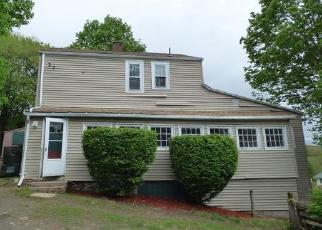 Foreclosed Home in Oakville 06779 STANLEY AVE - Property ID: 4403660511