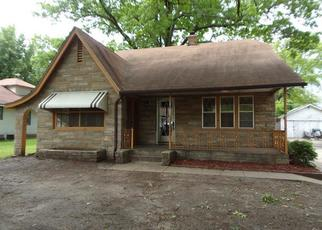 Foreclosed Home in Topeka 66604 SW WATSON AVE - Property ID: 4403663586